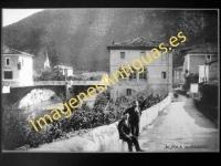 Alzola - Entrada al pueblo