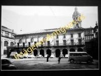 Bergara - Plaza de San Martín de Aguirre y Ayuntamiento