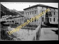 Covadonga - Escalera que dan acceso á la Catedral y Paseo