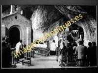 Covadonga - Interior de la gruta