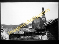 Izarra - La Iglesia