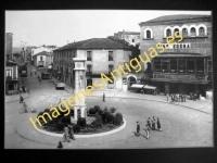 Ponferrada - Plaza de J. Lazurtégui y Avenida del General Gómez