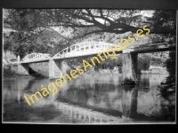 Sobrón - Puente sobre el río Ebro y Residencia de E. y D.
